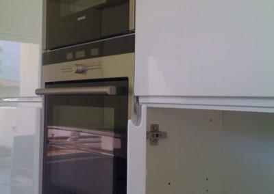 Valcuisines - cuisine laquée blanc brillant avec poignée val_L022