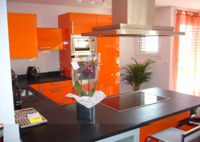 Valcuisines - cuisine laquée orange brillant_L031